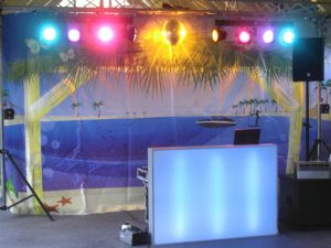 Beachparty themafeest drive-in-show