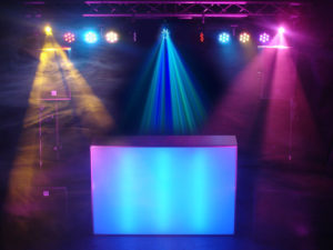 Allround drive-in-show met bewegend licht